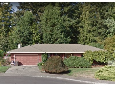 Single Family Home Sold: 637 SE 28th Pl
