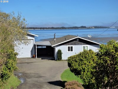 Coos Bay Single Family Home For Sale: 91003 Pigeon Point Loop