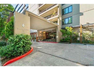 Portland Condo/Townhouse For Sale: 255 SW Harrison St #2D