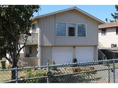 Coos Bay Single Family Home For Sale: 1100 Sanford