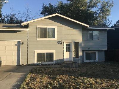Hermiston Single Family Home For Sale: 1255 W Ridgeway Ave