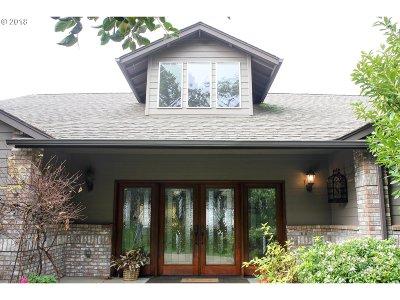 Roseburg OR Single Family Home For Sale: $639,000