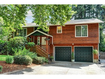 Portland Single Family Home For Sale: 12760 SW 111th Pl