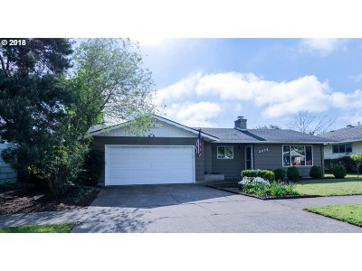 Eugene Single Family Home For Sale: 2275 Chambers St