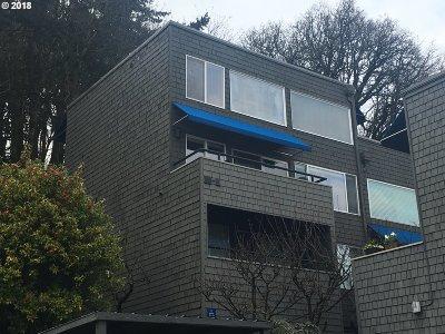 Portland Condo/Townhouse For Sale: 3701 SW Condor Ave #H2