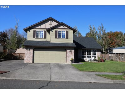 Troutdale Single Family Home For Sale: 4310 SE Sweetbriar Ln