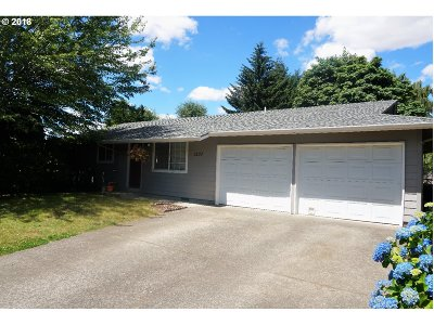 Stayton Single Family Home Sold: 1537 Western Pl