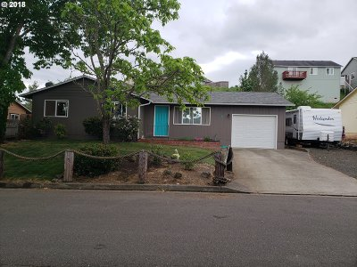 Roseburg OR Single Family Home For Sale: $185,000