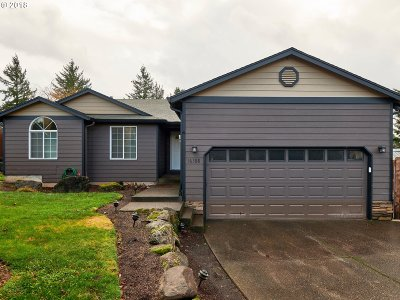 Oregon City Single Family Home For Sale: 16388 Cattle Dr
