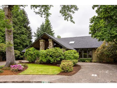 Eugene Single Family Home For Sale: 755 Spyglass Dr