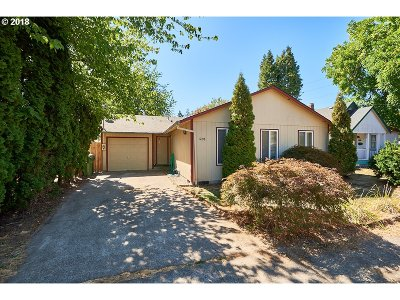 Newberg Single Family Home For Sale: 1208 E 6th St