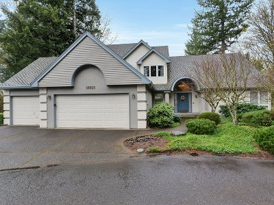 Lake Oswego Single Family Home For Sale: 18028 Westminster Dr