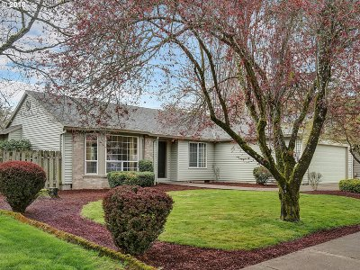 Canby Single Family Home For Sale: 1547 NE 19th Loop