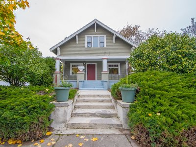 Single Family Home For Sale: 605 NE Liberty St