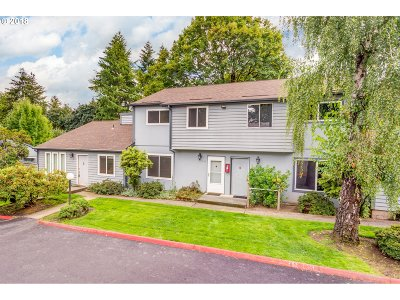 Beaverton Condo/Townhouse For Sale: 5544 SW Murray Blvd