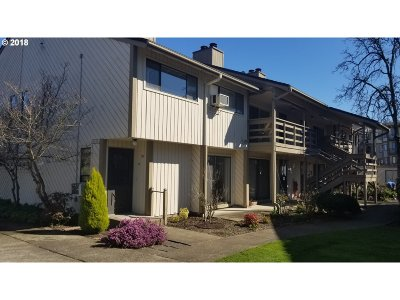 Newberg, Dundee, Mcminnville, Lafayette Condo/Townhouse For Sale: 1100 N Meridian St #50
