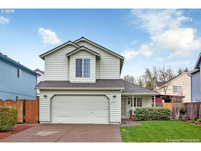 Aloha Single Family Home For Sale: 2617 SW 180th Ter