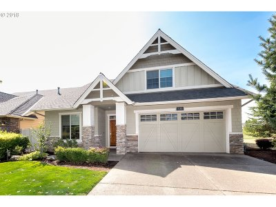 Woodburn Single Family Home For Sale: 530 Troon Ave