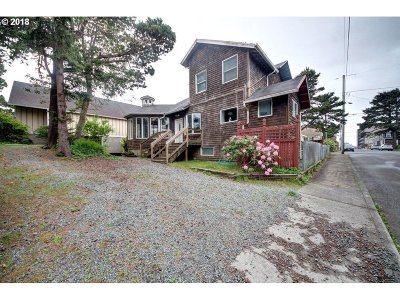 Seaside Single Family Home For Sale: 521 S Downing St
