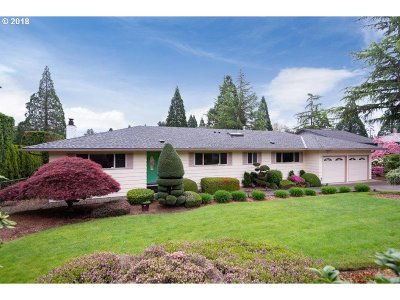 Happy Valley Single Family Home For Sale: 12130 SE 162nd Ave