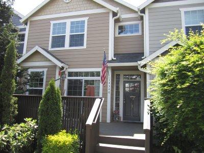 Clackamas Single Family Home For Sale: 14340 SE Oregon Trail Dr