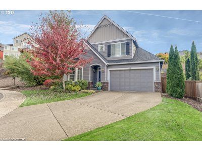 Newberg Single Family Home For Sale: 174 Link Ct