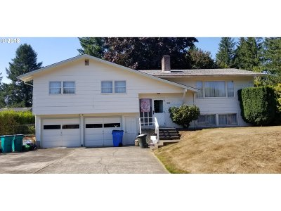 Washougal Single Family Home For Sale: 617 45th Ct