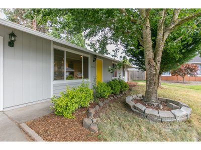 Keizer Single Family Home Sold: 5270 Pleasant Ct