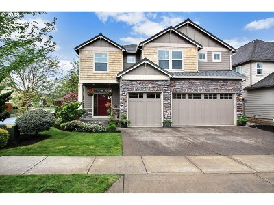 Forest Grove Single Family Home For Sale: 1121 34th Pl
