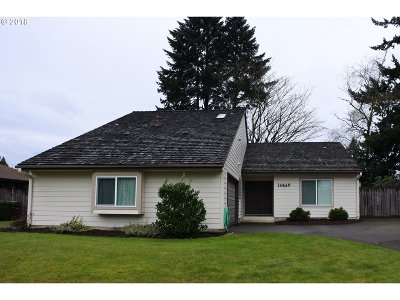 Milwaukie, Clackamas, Happy Valley Single Family Home For Sale: 14869 SE Carol Ave