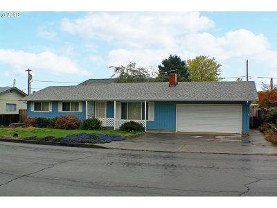 Cottage Grove, Creswell Single Family Home For Sale: 1304 N 19th St