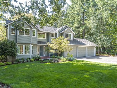 Lake Oswego Single Family Home For Sale: 4804 Heritage Ln