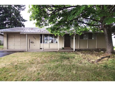 Eugene Single Family Home For Sale: 2464 Canterbury St