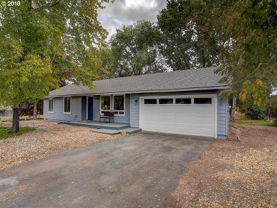 Bend Single Family Home For Sale: 63698 Hunters Cir