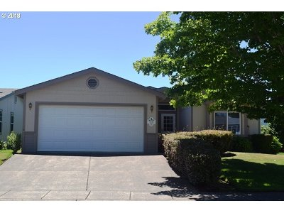 Cottage Grove Single Family Home Bumpable Buyer: 169 Village Dr