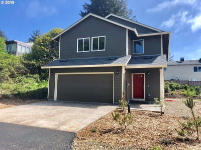 Lincoln City Single Family Home For Sale: 1752 NE 20th St