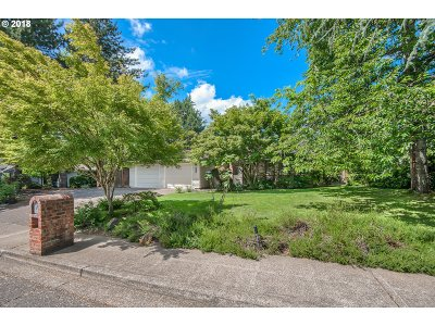 Single Family Home For Sale: 6235 SW Dolph Dr