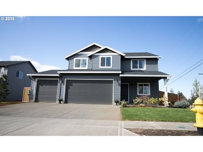 Woodburn Single Family Home For Sale: 489 Tulip Ave