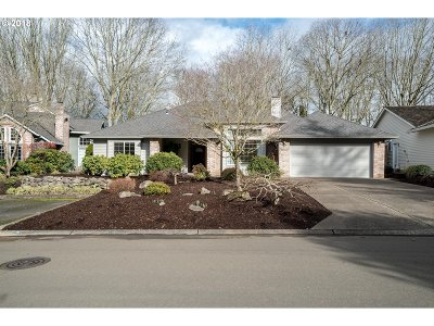 Wilsonville Single Family Home For Sale: 31430 SW Village Green Ct