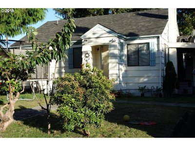 Lincoln City Single Family Home For Sale: Holmes Rd
