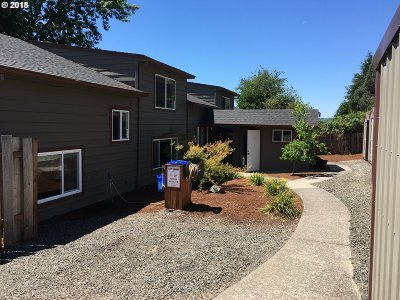 Gresham Multi Family Home For Sale: 8031 SE Orient Dr