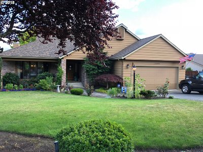Happy Valley Single Family Home For Sale: 11480 SE Cascade View Ct
