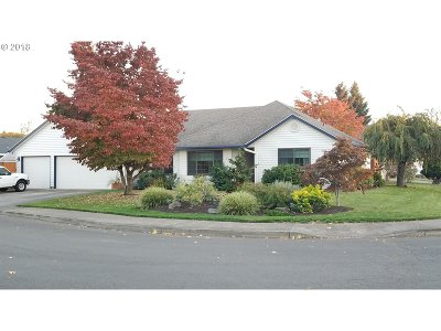 Canby Single Family Home For Sale: 489 NE 16th Ave