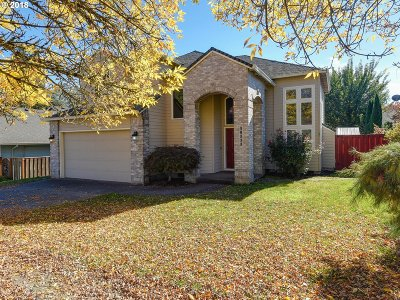 Sherwood Single Family Home For Sale: 18222 SW Woodhaven Dr