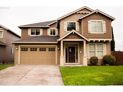 Kalama Single Family Home For Sale: 405 Stepping Stone St