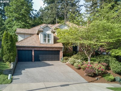 Clackamas Single Family Home For Sale: 14401 SE Summit Ct
