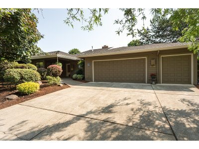 Wilsonville Single Family Home For Sale: 7410 SW East Lake Ct