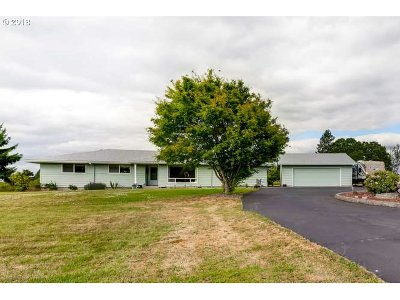 Molalla Single Family Home For Sale: 13355 S Molalla Forest Rd
