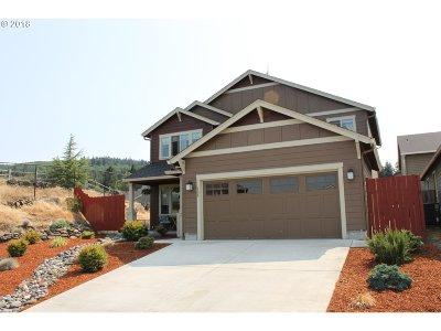 Kalama Single Family Home For Sale: 108 Butte Dr