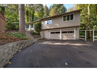 Lake Oswego Single Family Home For Sale: 1196 Oxford Dr